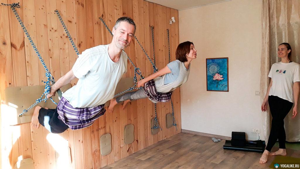 Йога на верёвках - раскрытие груди. Красногорск